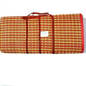 Large Thai picnic mat, folding mat, sitting on the lawn or sitting on the beach.