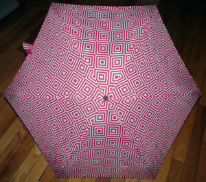 "NEW Womens Totes Elements Umbrellas Medium Coverage 38-40"" Arc"