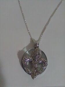 Magnifying Glass Fleur De Lis Rhinstones Silver Plated Pendant Monocle Necklace