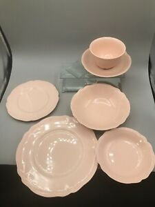 8 Pieces of JOHNSON BROTHERS ROSEDAWN England Vintage great condition Make Offer