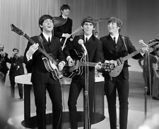 THE BEATLES 8X10 CELEBRITY PHOTO PICTURE 5
