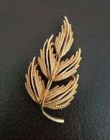 Vintage BSK Goldtone textured leaf Brooch by BSK Jewellery