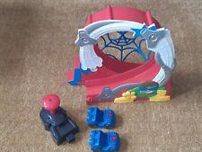 Playskool Marvel Spiderman Stuntacular Speed Loop Playset with 2 Cars