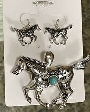 Megnetic Closure Pendent & Earrings Western Horse With Center Turquoise Stone