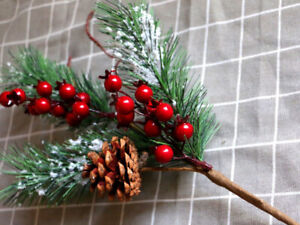 1x Christmas Artificial Pine Needles Red Berry Fake Plants Xmas Party Home Decor