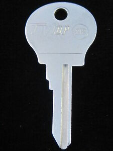RENAULT RE61F Ignition Key 1973-79 PEUGEOT 1979-1983 fit 504 604 R12 R15 R17 R5