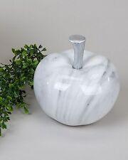 Sculpture Moderne Pomme en Céramique En Marbre Gris Diamètre 16 CM