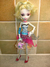 Monster High Lagoona Blue 28 cm doll with her Pet Fish Neptuna + Bowl & purse