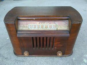 Bendix 1946 Antique Wood Tube Radio Model 0526E