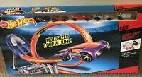 Hot Wheels Power Shift Raceway Track Set Loop & Jump with 5 Cars NEW