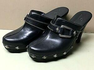 Ladies COLE HAAN Black Leather Slip On Mule Clogs Sz.5B-W/Metal Buckle & Studs!