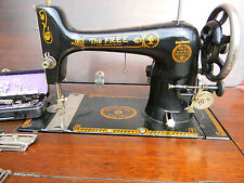 THE FREE LONG BOBBIN SEWING MACHINE WESTINGHOUSE SEWING MACHINE ELECTRIC/HAND