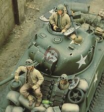 Royal Model 1/35 US Sherman Tank Crew WWII (3 Figures) [Resin Model kit] 195