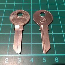Auto Union, DKW, Ford, Mercedes, Opel Vorkrieg Schlüsselrohling Börkey No. 243