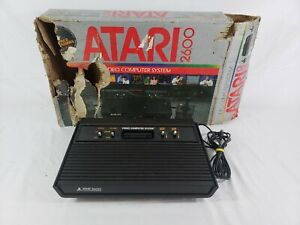 Atari 2600 4 Switch Vader Console VERY RARE FRENCH SECAM Version Complete In Box