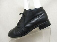 MUNRO AMERICAN Ankle Boots Black Leather Lace Up Shoes Size 6 M USA