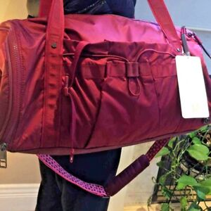 Lululemon AUTHENTIC  Run Ways Duffel handbag bag NWT! ROSEWOOD