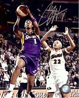 Chamique Holdsclaw Signed Autographed 8X10 Photo Sparks Road Shooting w/COA
