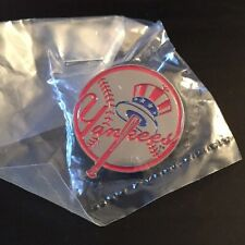 MLB New York Yankees Logo Pin, Badge, Lapel, NEW IN PACKAGE, Silver