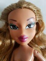 BRATZ Doll - Step Out YASMIN 2005 - Original Clothing, Access. Glitter Eyeshadow