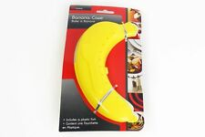 Plastic Banana Guard Protector Anti Bruising Case with Plastic Fork, NEW