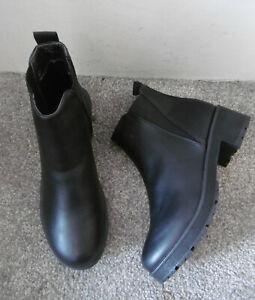 Krush Black Eyelet Back Detail Chelsea Ankle Boots Size UK 6 EU 39