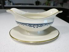 LENOX LIBERTY GRAVY BOAT WITH ATTACHED UNDERPLATE