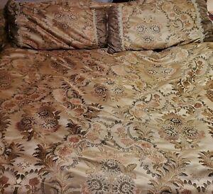Elegant JC Penney Home King Comforter & 2 shams