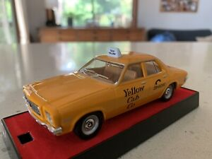 Trax.  1/43 Scale. TR17H. 1971 HQ Holden Four-Door Sedan. Aussie Taxi Series.