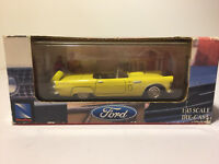 NEW-RAY~ 1:43 scale ~1956 FORD THUNDERBIRD Car Diecast