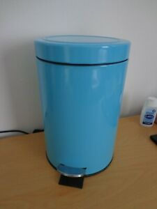 Bathroom pedal bin blue / turquoise in colour other items available L@@K