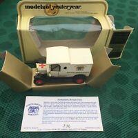 MATCHBOX YESTERYEAR CREAKS OF CAMBERLEY NORTHAMPTON POLICE AMBULANCE Limited Ed