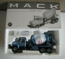 1st First Gear Mack R Model 19-2465 Mixer United Concrete Truck MIB 1:34 #F24