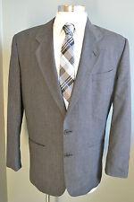 Giorgio Armani Italy Super Awesome Mens Blazer Size 42 L 2 pc Suit Coat & Pant