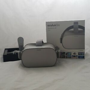 Oculus Go 64GB VR Headset with Controller original box 301-00104-01 815820020219