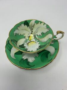 Vintage PARAGON China Teacup & Saucer ORCHID on GREEN Gold Trim DOUBLE WARRANT