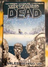 THE WALKING DEAD vol 2 TPB - Image Comics / Graphic Novel - New