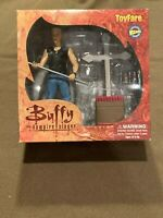 Buffy the Vampire Slayer BTVS Spike Action Figure ToyFare Wizard Diamond NEW MIP