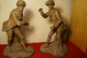 A pair of plaster French hunters figures, 1900's