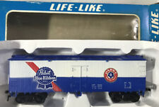 Life-Like HO Scale ~ PABST BLUE RIBBON Billboard Reefer ~ Beer Car ~ IN BOX