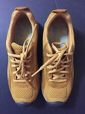 KEEN Women's AUCKLAND LACE Running  Shoe - Size 6.5 Color Tawny Olive-NEW