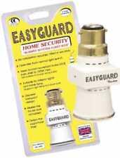 Easyguard Crepúsculo al Amanecer aleatorio Noche Sensor De Seguridad Del Hogar Luz / Lámpara Adaptador Reino Unido