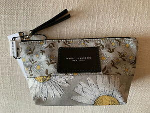 Marc Jacobs Daisy Canvas Pouch Make Up Toiletry Bag