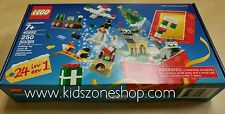 Lego Christmas Build Up 40222 Brand New and Sealed (250 pieces)