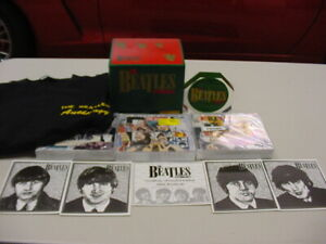 THE BEATLES*ANTHOLOGY*BOX SET*T-SHIRT*3 CD*PROMO*PAPERWEIGHT*PRISTINE*NUMBERED