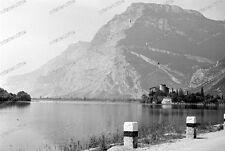 Negativo - 1930-GARDA-LAGO DI GARDA-Bènaco-paese-gente - natura-architettura - 7