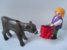 Playmobil animales de granja/Dollshouse Extra/Figura: Niña Alimentación Bebé Vaca/Ternero Nuevo