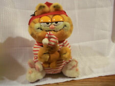 """1981 Dakin Christmas Garfield in Pajamas with Pooky 9"""" plush toy Used"""