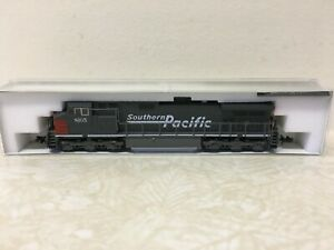Kato GE  C44-9W ( Southern Pacific)