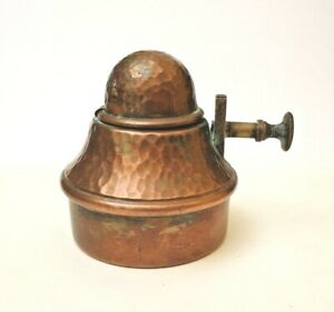 RARE AND BEAUTIFUL ANTIQUE HAMMERED COPPER INKWELL  (1800/1900)